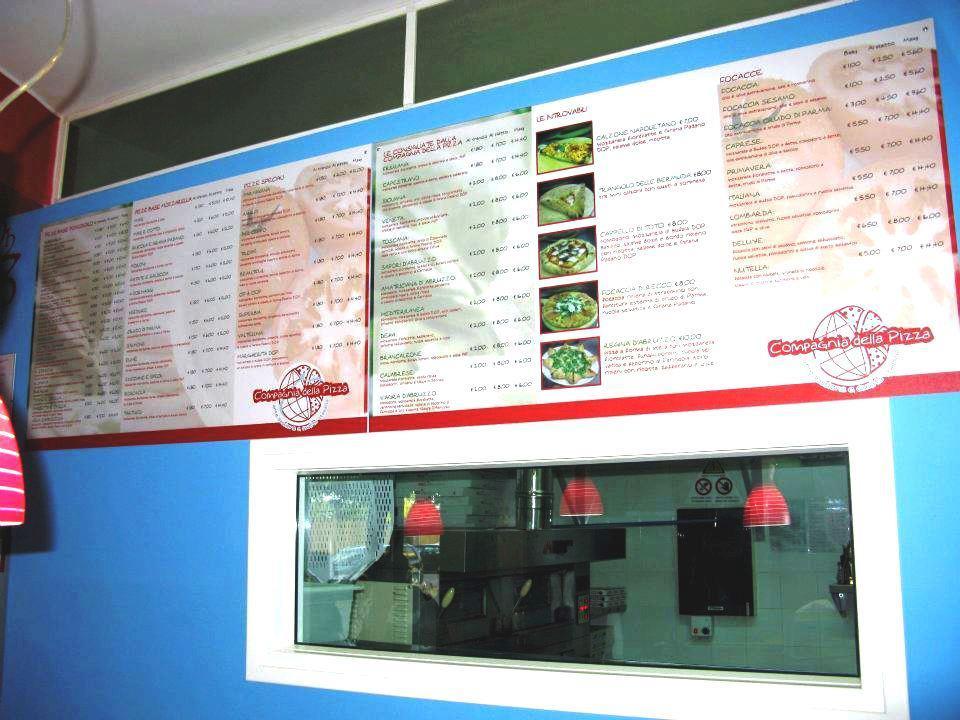 Volantinaggio a Giulianova Teramo Abruzzo per la Compagnia della Pizza