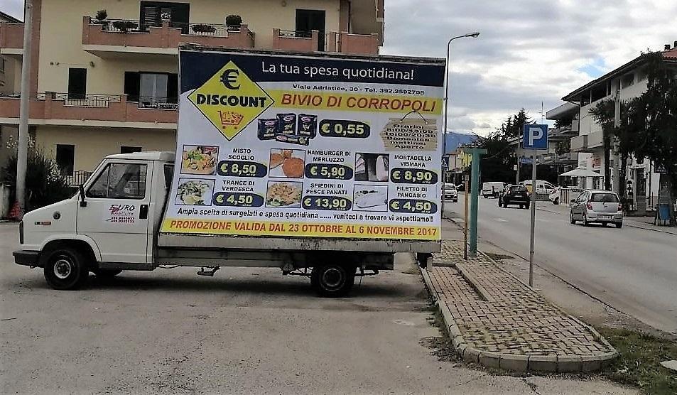 Camion vela pubblicitaria L'Aquila