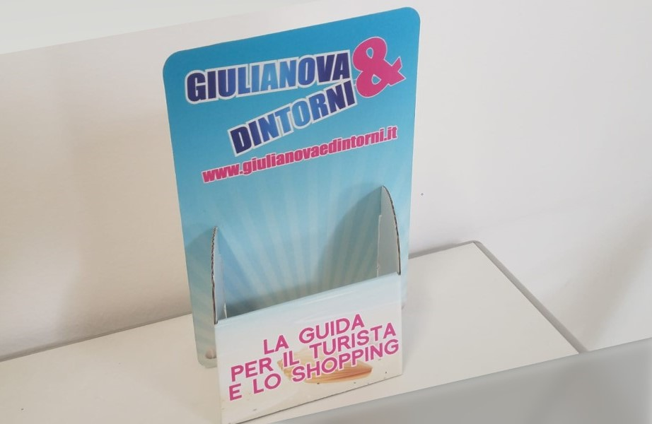 Espositori cartone volantini flyer Giulianova Teramo